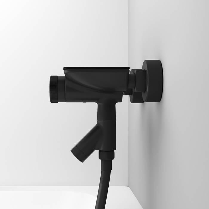 Фото Смеситель для ванны с управлением IDDIS Shelfy SHEBLBTi02WA, черный матовый 4