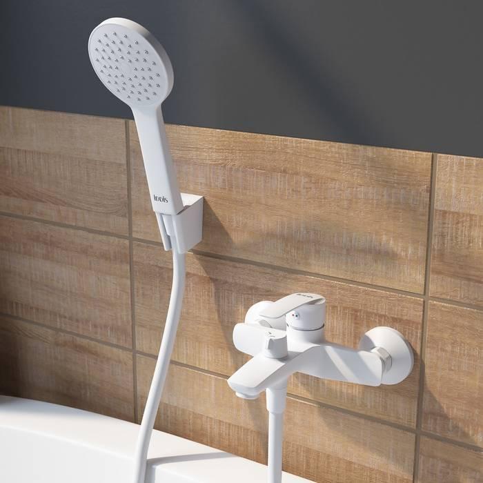 Фото Смеситель для ванны матовый, IDDIS Ray RAYWT02i02, белый 1