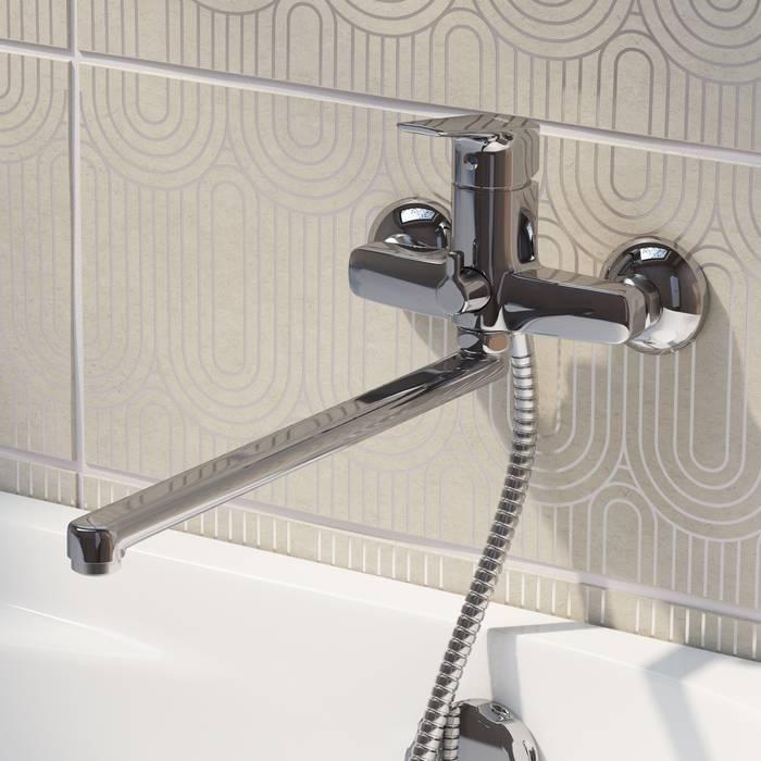 Фото Смеситель для ванны с длинным изливом с керамическим дивертором IDDIS Vibe VIBSBL2i10WA 3