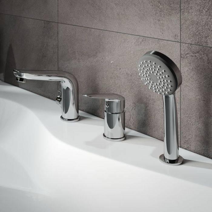 Фото Смеситель на борт ванны на 3 отверстия с керамическим дивертором IDDIS Torr TORSB30i07 1