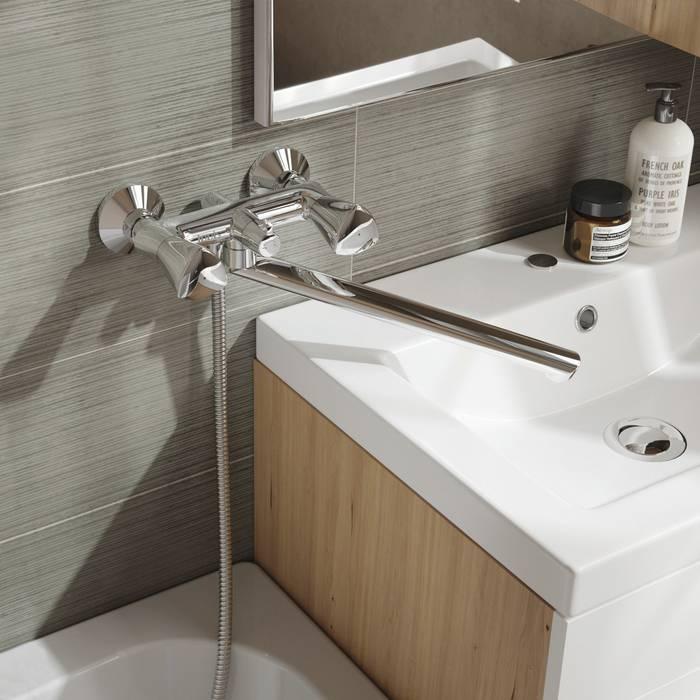 Фото Смеситель для ванны с длинным изливом с керамическим дивертором IDDIS Bounce BOUSBL2i10WA 1