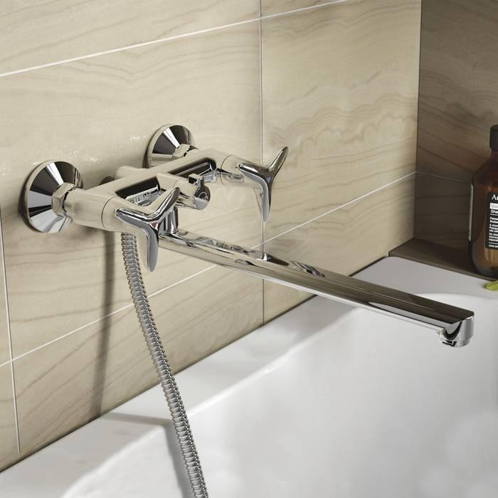 Фото Смеситель для ванны с длинным изливом с керамическим дивертором IDDIS Copter COPSBL2i10WA 1