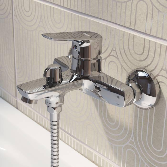 Фото Смеситель для ванны с керамическим дивертором IDDIS Vibe VIBSB02i02WA 1